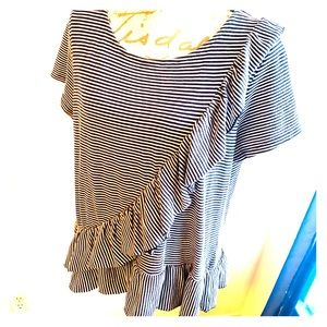 Crown & Ivy Striped Ruffle Top Large